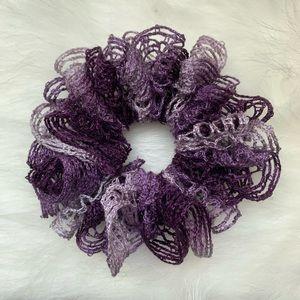 BOGO pink & gray fishnet crocheted scrunchie